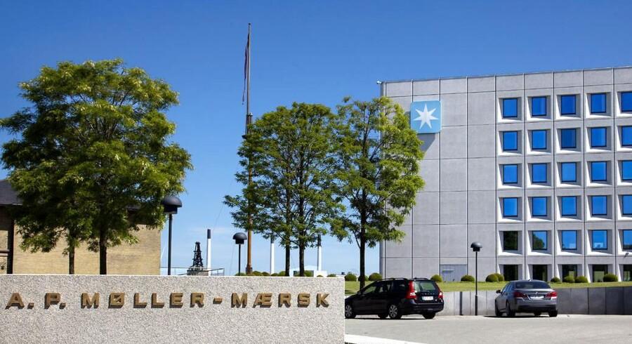 Aktien i A.P. Møller - Mærsk stiger mandag yderligere 1,6 pct. til 49.840 kr. efter en stigning fredag på 9,7 pct.