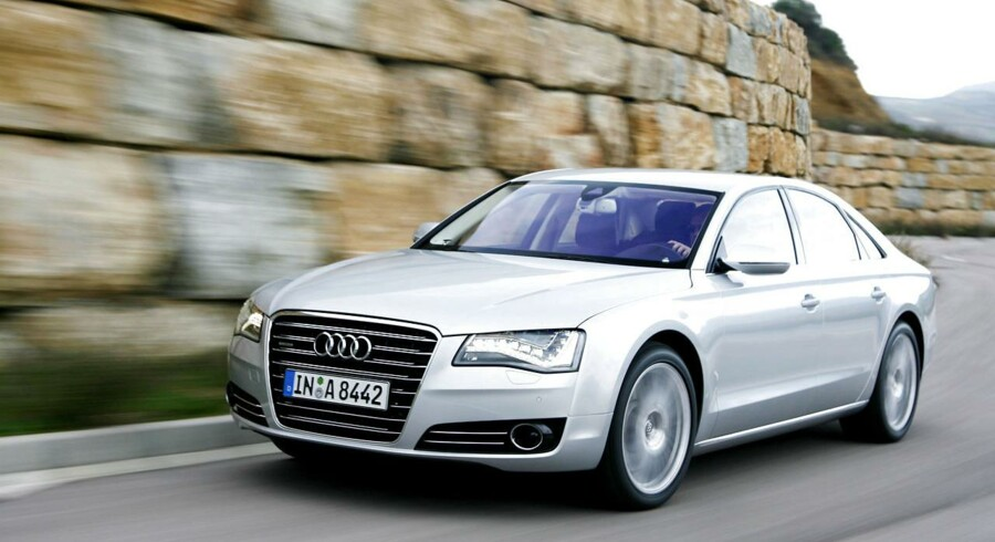 Direktionsbilen anno 2014: Tysk luksus med Audis flagskib A8 i spidsen. Her i den lange version med ekstra plads ved bagsædet. Foto: Audi media