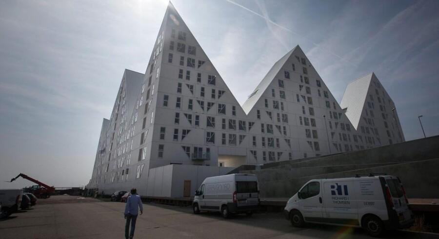 Vil man bo i byerne - som her i Aarhus - koster det ofte langt, langt mere, end hvis man vil flytte sig nogle få kilometer til forstæder og nabobyer.