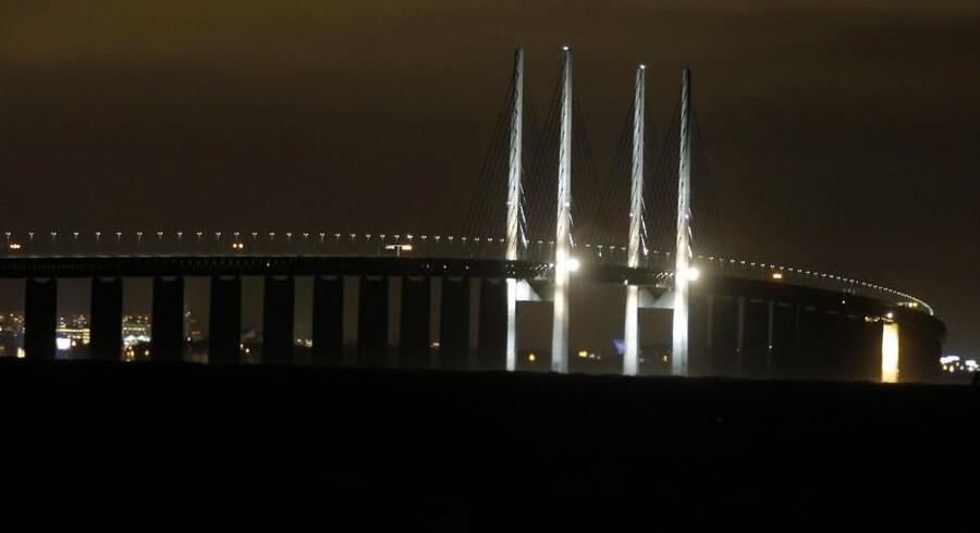 Øresundsbroen er lukket for al trafik fredag aften