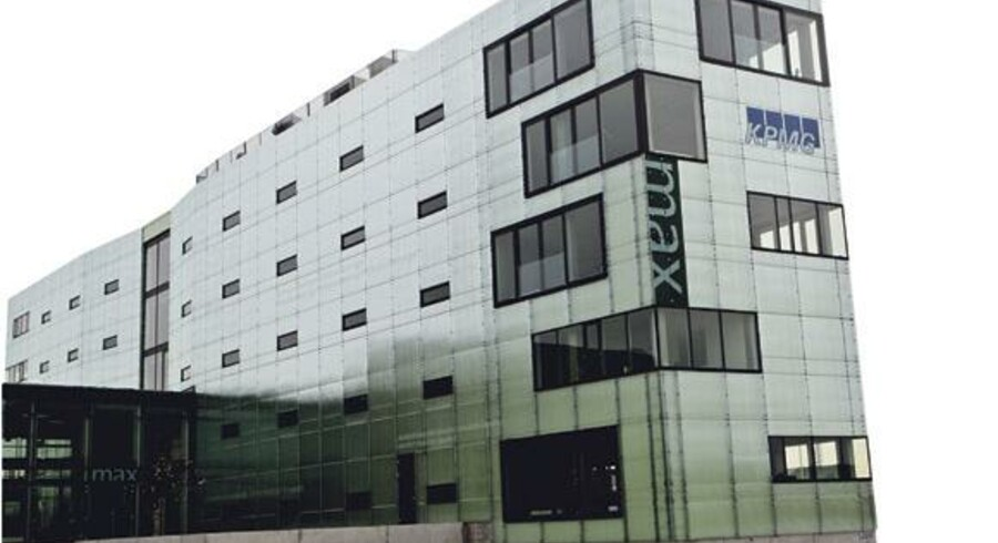 Afviklingen af Max Bank har været en succes for Finansiel Stabilitet og Bankpakke 4, der giver nye redskaber til at finde private købere. Det lykkedes i weekenden, da Max Bank med hovedsæde i Næstved blev solgt til Sparekassen Sjælland fra Holbæk uden tab for indskyderne.