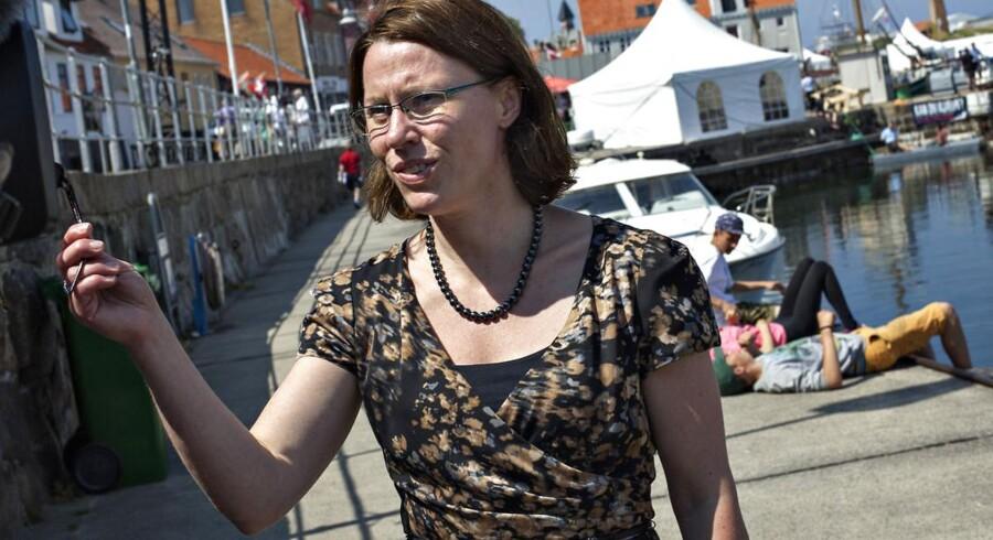 Bornholms borgmester, Winni Grosbøll (S), glæder sig over en ny aftale for slagterimedarbejdere.