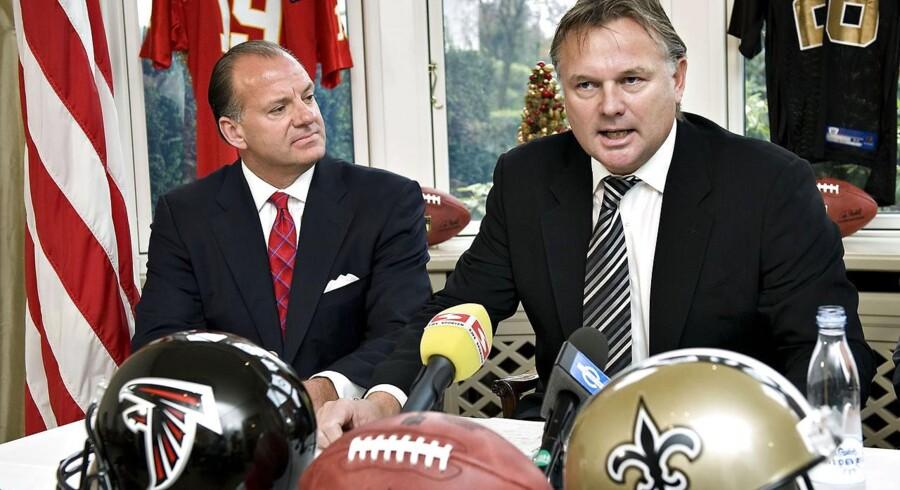 Morten Andersen, der her ses ved det pressemøde i december 2008, da han officielt trak sig tilbage fra NFL, bliver det fjerde medlem af New Orleans Saints' 'Ring of Honor' og får sit navn på et banner på Saints hjemmebane Mercedes-Benz Superdome.