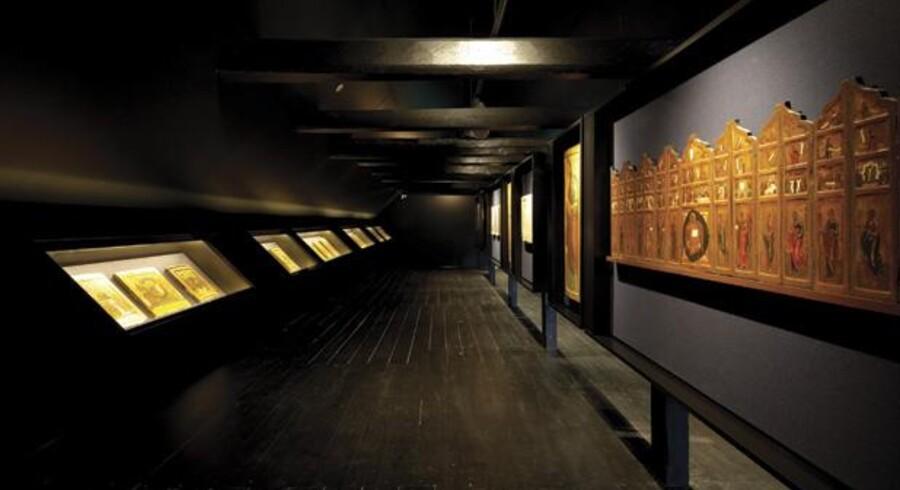 Kunstmuseet i Sorø er blandt andet kendt for en fornem samling af russiske ikoner fra omkring 1500 til cirka 1900. Også de er blevet gjort til genstand for en ny iscenesættelse i forbindelse med renoveringen og udbygningen af museet.