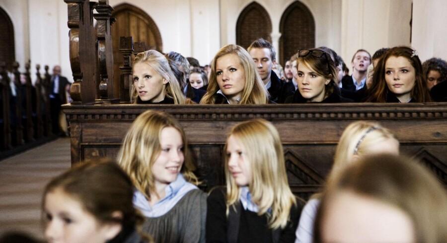 Arkivfoto: En dag på Herlufsholm. Morgensang i kostskolens egen kirke.