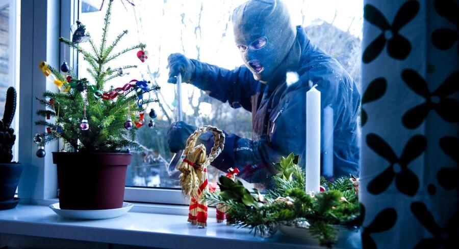 Nabohjælp er en af måderne til at stoppe indbrudstyvene i julen, hvor risikoen for indbrud er størst, forklarer Tommy Laursen fra Københavns Politi.