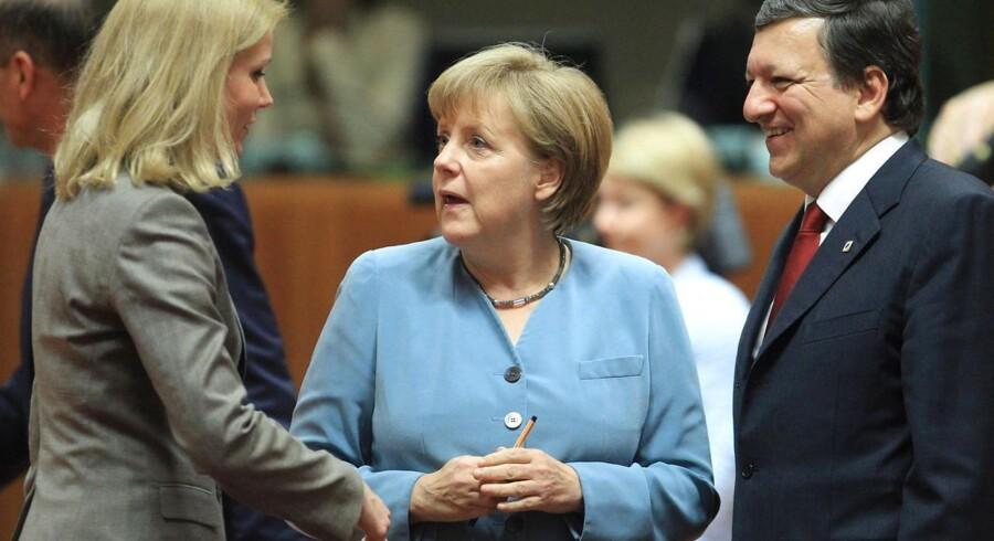 Tysklands kansler Angela Merkel er igen den centrale person, når EU skal diskutere bankunion, finansunion og mere politisk union. Den danske statsminister Helle Thorning-Schmidt har sine sidste arbejdsdage som EU-formand på de møder, hvor kommissionens formand Jose Manuel Barroso fremlægger de nye planer.