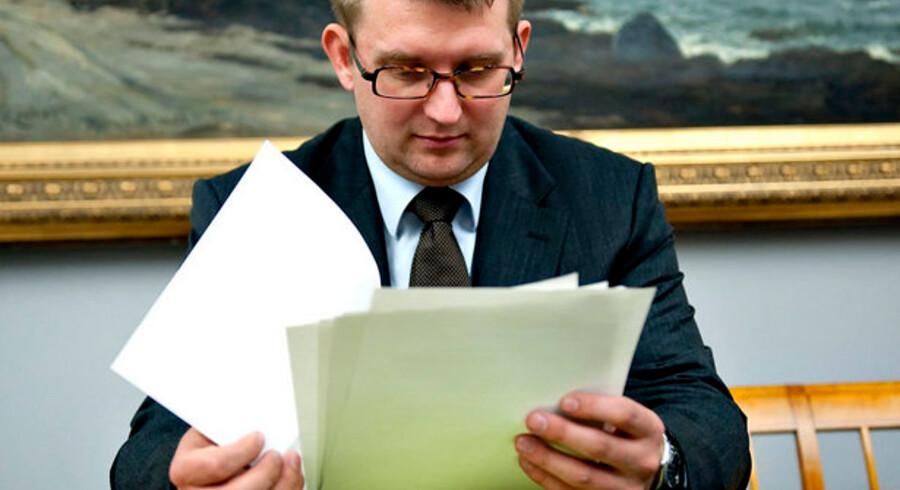 Skattereglerne er mange og komplicerede - nu indrømmer skatteminister Troels Lund Poulsen en lille fejl i et hjørne af skattereformen.