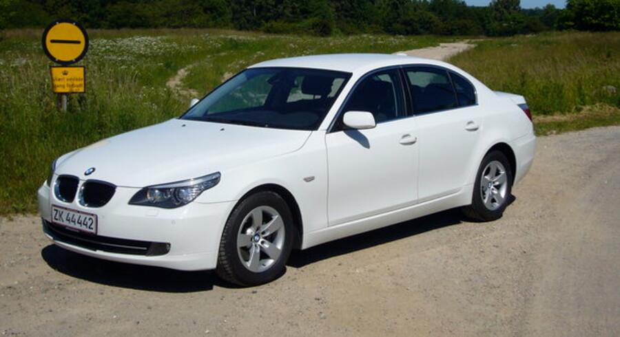Snup trygt den lille diesel til BMW 5-serien. Den større motor støjer mere og bruger mere brændstof.