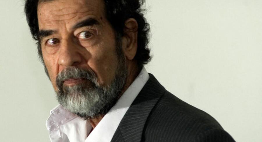 I starten af årtusindet betalte flere virksomheder verden over penge til Saddam og co. under bordet.