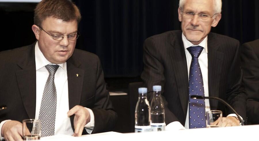 Amagerbankens tidligere adm. dir. Jørgen Brændstrup (tv.) og bestyrelsesformand N.E. Nielsen vil blive mødt med erstatningskrav.
