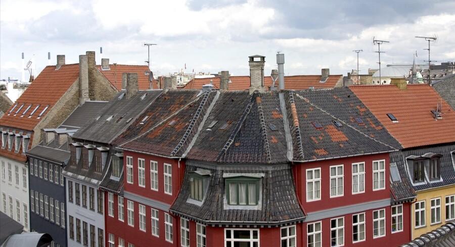 Køberne flokkes om ejerlejligheder i København, og priserne presses måske lidt rigeligt i vejret. Foto: Torben Christensen