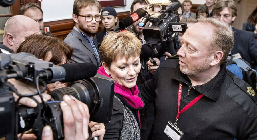Miljø- og Fødevarerminister Eva Kjer Hansen inden samråd i Miljø- og fødevarerudvalget.