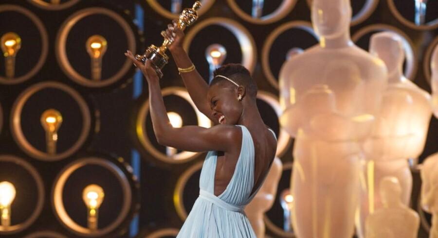 Lupita Nyong'o vandt en Oscar for sin birolle i »12 Years A Slave« som slaven Patsy. Se alle de andre prismodtagere her.