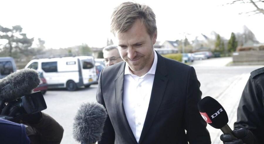 Tidligere pressechef i Venstre, Mikael Børsting, blev i dag afhørt af skattesagskommissionen.