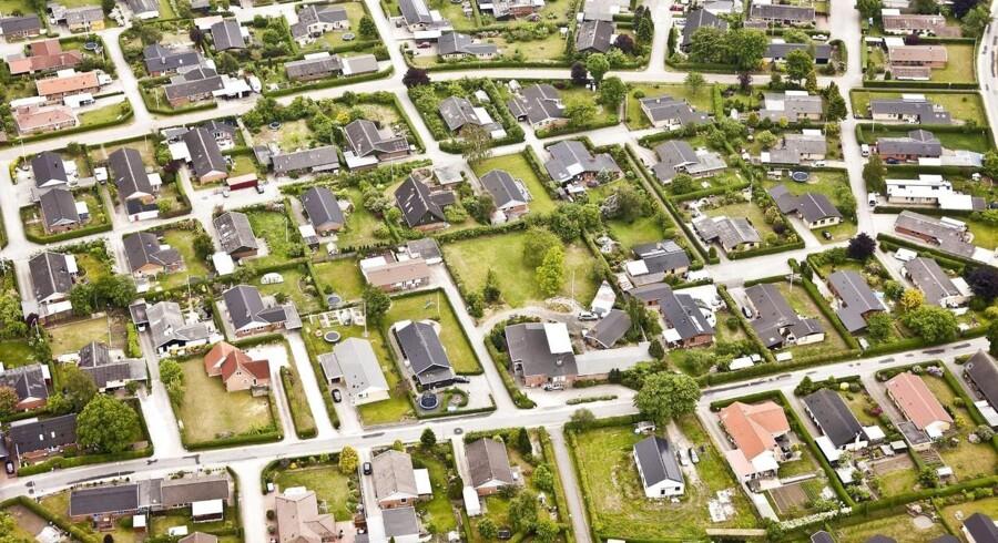 4.493 ejendomme røg på tvangsauktion i 2013, og mens sælgerne i mange tilfælde kom ud med et gevaldigt underskud, kunne køberne til gengæld glæde sig over at have fået en billig bolig.