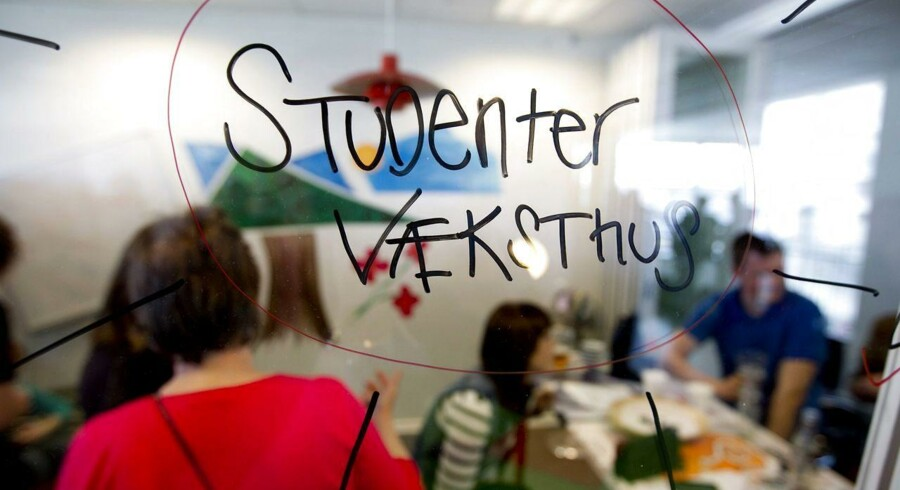 Socialdemokraterne vil overveje muligheden at indføre en iværksætter-SU til studerende, der vil starte egen virksomhed efter endt studie.