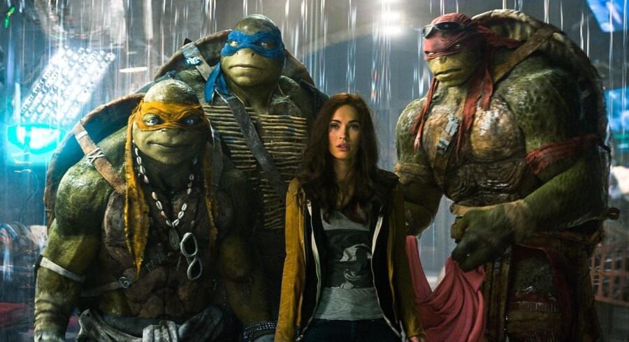 Ninja-Turtles er skabt ved hjælp af motion capture-teknologi, der gør det muligt at overføre skuespilleres bevægelser til computerskabte billeder. Desværre har det i dette tilfælde også suget charmen ud af de fire karakterer, hvis skræmmende fremtoning ikke passer til deres teenage-tumpede opførsel.