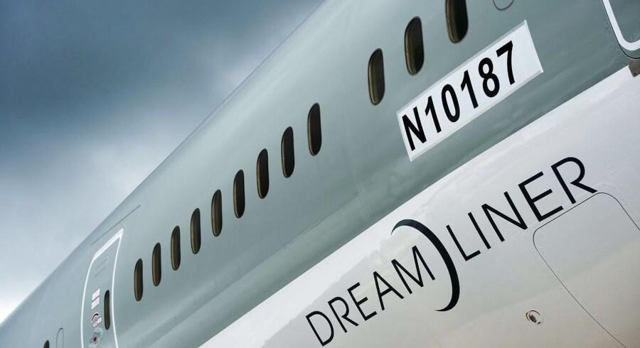 Analytikere advarer om, at den amerikanske flyproducent Boeing risikerer at stå i en alvorlig situation, hvis det viser sig, at branden i Heathrow opstod som følge af Dreamlinerens nye, innovative elektriske system.
