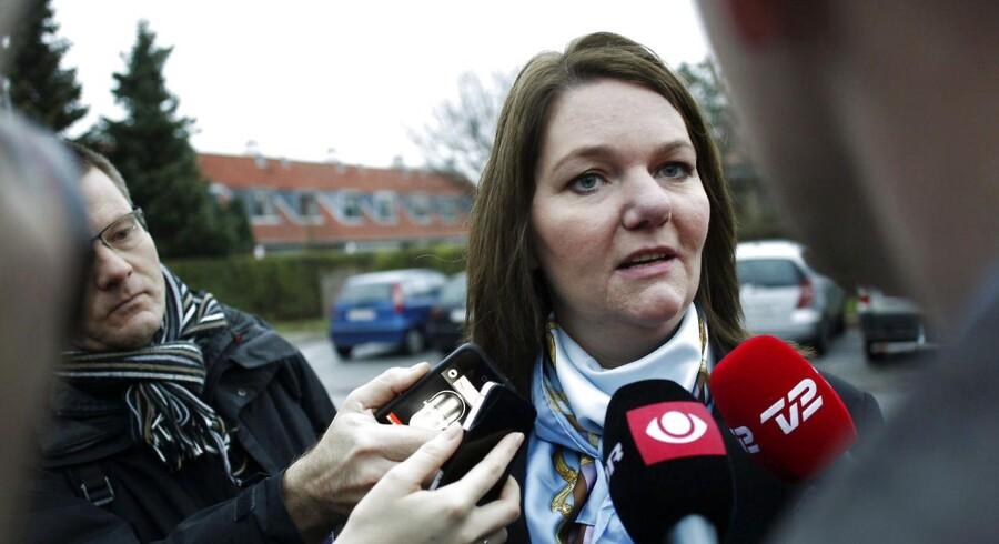 Skattesagskommissionen afhører tidligere leder af Venstres pressetjeneste Søs Marie Serup, om partiets indblanding i Helle Thorning-Schmidts skattesag.