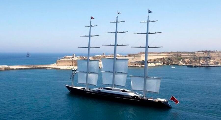 Skibet er verdens dyreste sejler-yacht, en Maltese Falcon.