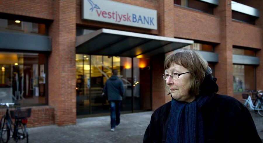ARKIV--Vestjysk Bank i Holstebro. Der er fuld gang i et forsøg på at redde Vestjysk Bank ud af den negative spiral som kører i medierne ifølge bestyrelsesformand John Gråkjær i Holstebro-virksomheden Gråkjær. (Foto: Morten Stricker/Scanpix 2012)