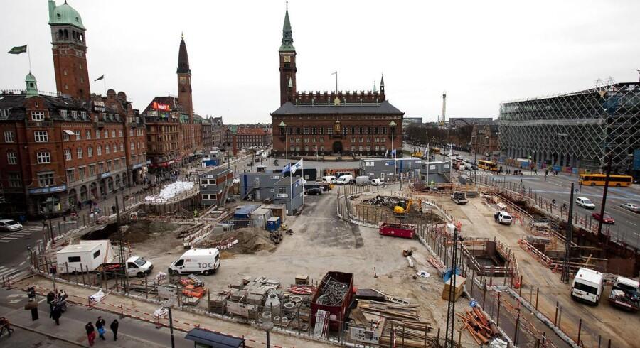 Nu får Metro-byggepladserne lov til at larme i længere tid, indtil et om støjgener er faldet på plads.