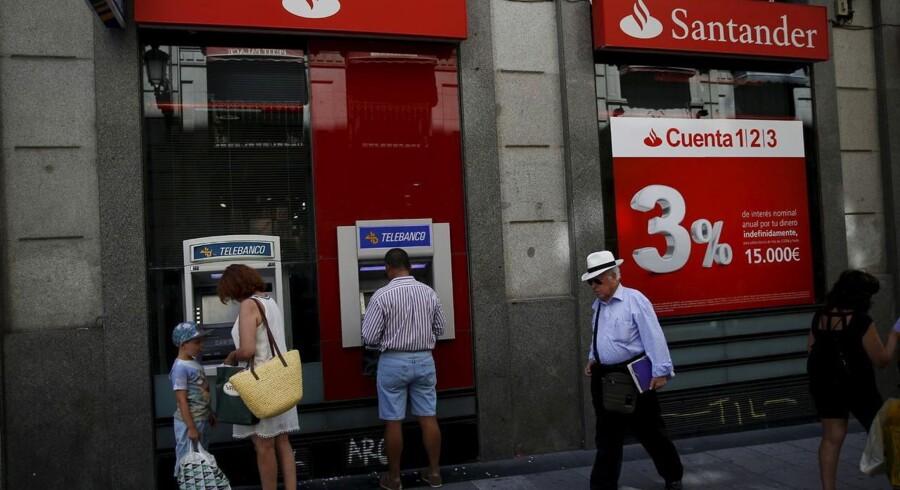Den spanske bank Santander klarer sig godt i Danmark og har fået held med at gå på kundefangst med lave indlånsrenter.