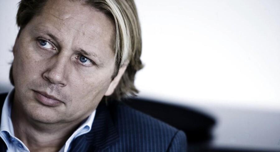 Retsmøderne i bedragerisagen mod den fallerede rigmand Steen Gude afslører, at samarbejdspartneren Patrick De Vela allerede på et tidligt tidspunkt følte sig ført bag lyset.