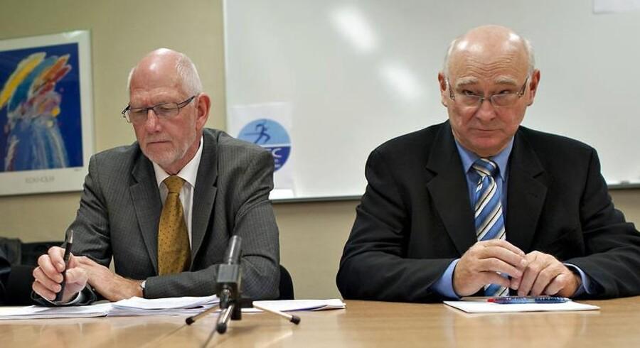 Tønder Banks tidligere direktør Mogens Mortensen samt bestyrelsesformand Carsten Dinsen Andersen ved et pressemøde om konkursen torsdag d. 8 november 2012.