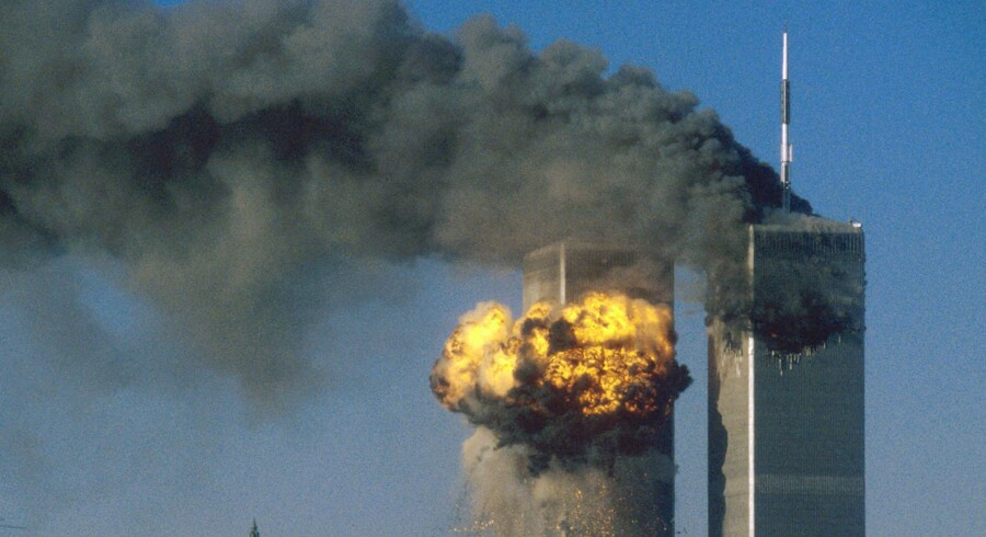 World Trade Center i flammer efter terrorangrebet den 11. september 2001.