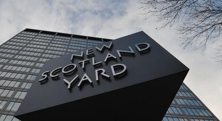 Arkivfoto. Britiske politibetjente og parlamentsmedlemmer har angiveligt været involveret i en stor sag om seksuelt misbrug af børn - som der kan være blevet dækket over fra Scotland Yard.
