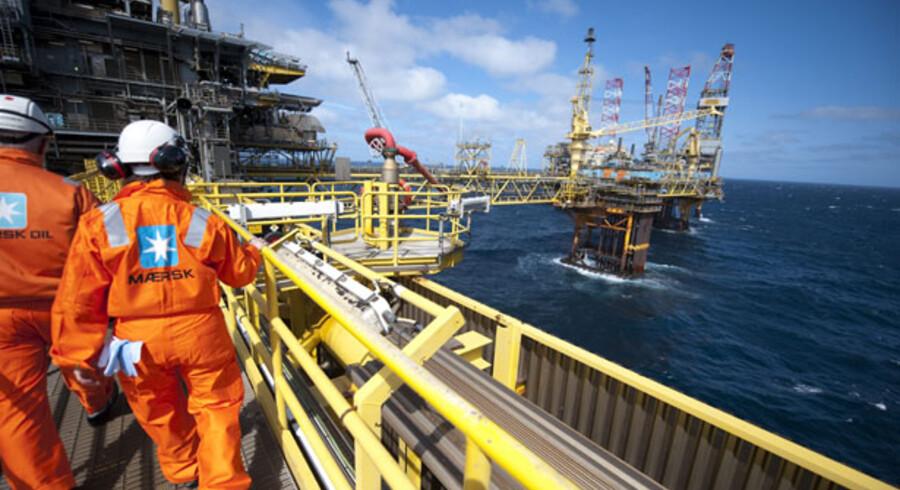 For A.P. Møller – Mærsk er det olieforretningen, der har leveret en stor del af milliarderne på selskabets bundlinje. Men oliejagten på dybt vand bliver nu gjort mere besværlig.