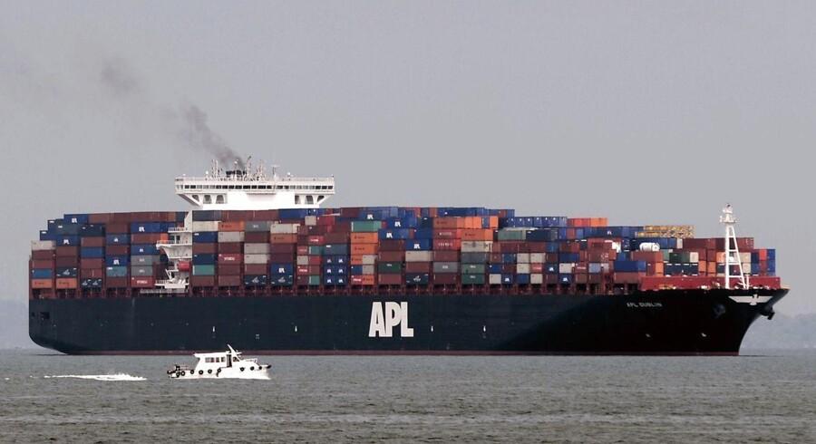 Alphaliner estimerer, at kapaciteten på ruterne over Stillehavet vil stige med 6,8 pct. i højsæsonen.