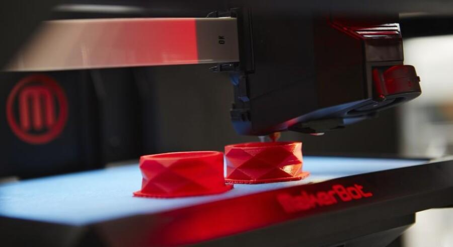 Da forretningen 3D Printhuset fornyligt åbnede i København, lød det til åbningen fra Instituttet for Fremtidsforskning, at man her forventer, at halvdelen af alle danske hjem vil have en 3D-printer i 2025 - og altså om godt ti år vil printe mere end papir og billeder ud af deres hjemmeprintere.