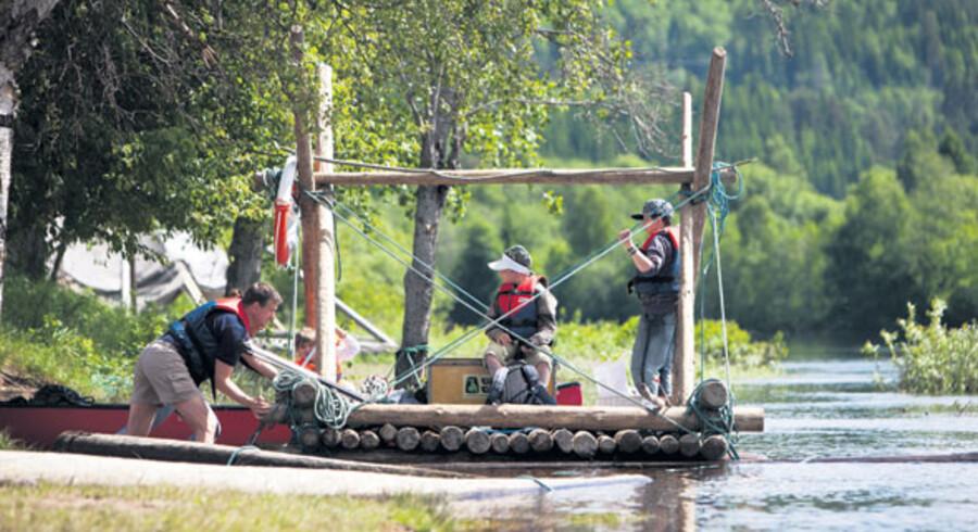 Er I friske på en tur ned ad Klarälven på sådan en tømmerflåde (altså efter at I selv har bygget den først...) så deltag i vores konkurrence.
