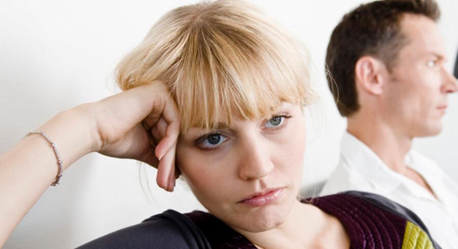 Stramme kreditter og faldende boligpriser gør det svært for den ene part at overtage den fælles bolig ved skilsmisse.