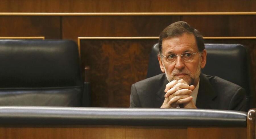 Mariano Rajoy er tvunget til en stram økonomisk politik af sine euro-venner. Men det kan måske skade landets genopretning.