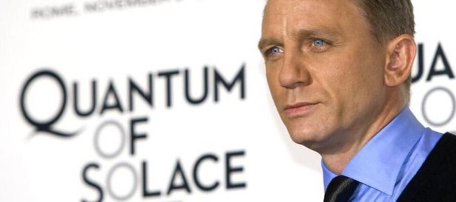 Skuespilleren Daniel Craig er den seneste, der har prøvet kræfter med agent 007-rollen.