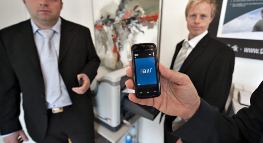 Partnerne bag iBill (fra venstre) Steffen B. Pedersen, Jan Lytje-Hansen og Per Mønsted forventer at tjene penge på deres faktureringsidé om få måneder. Foto: Henning Bagger