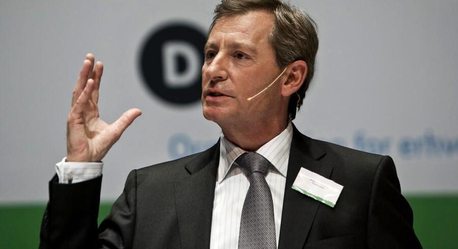 Jørgen Horwitz fra Finansrådet glæder sig over, at den nye regeringen har droppet at øge bankskatten. Til gengæld advarer han mod en fælleseuropæisk bankskat.