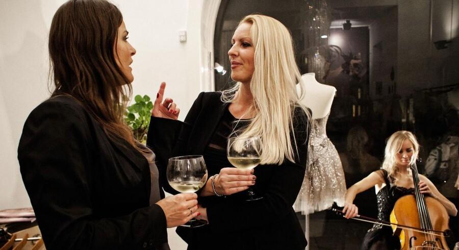 Tine Arentsen Willumsen stiftede Above & Beyond Society - en gentlemens club kun for kvinder. Her er hun til inspirationsaften i Trash Couture i Indre København, et af netværkets 30 årlige arrangementer.