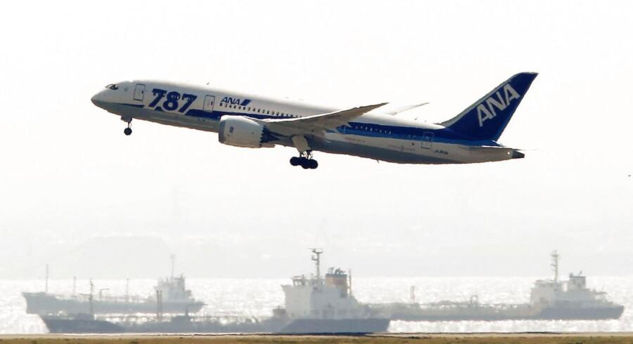 Nu har alle otte flyselskaber, som har Boeings Dreamliner 787 i flåden, annonceret at flyet er klar til at lette denne sommer.