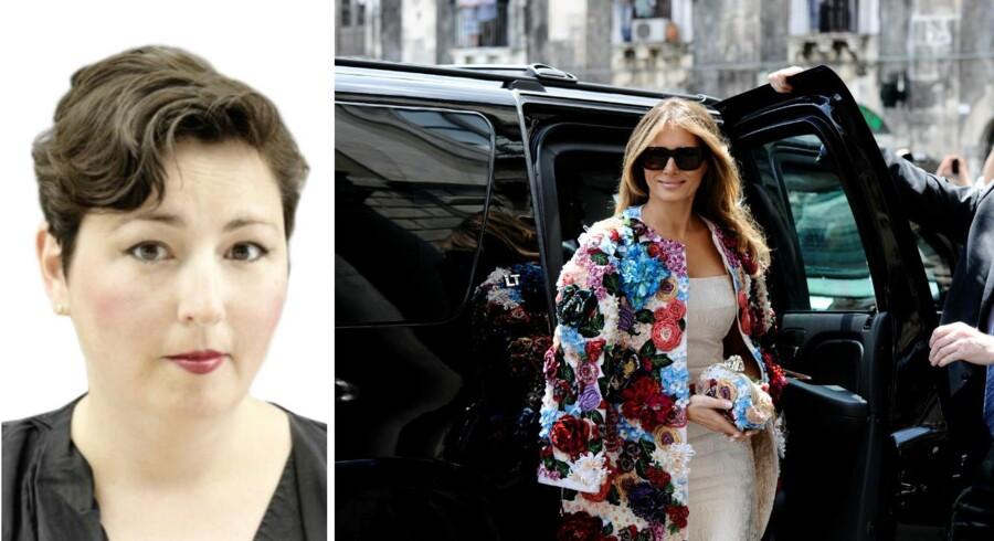 Frakken som USAs førstedame, Melania Trump, forleden bar under et besøg i Italien, er designet af det italienske modehus Dolce & Gabbana og koster 350.000 kr. Foto: Scanpix Denmark