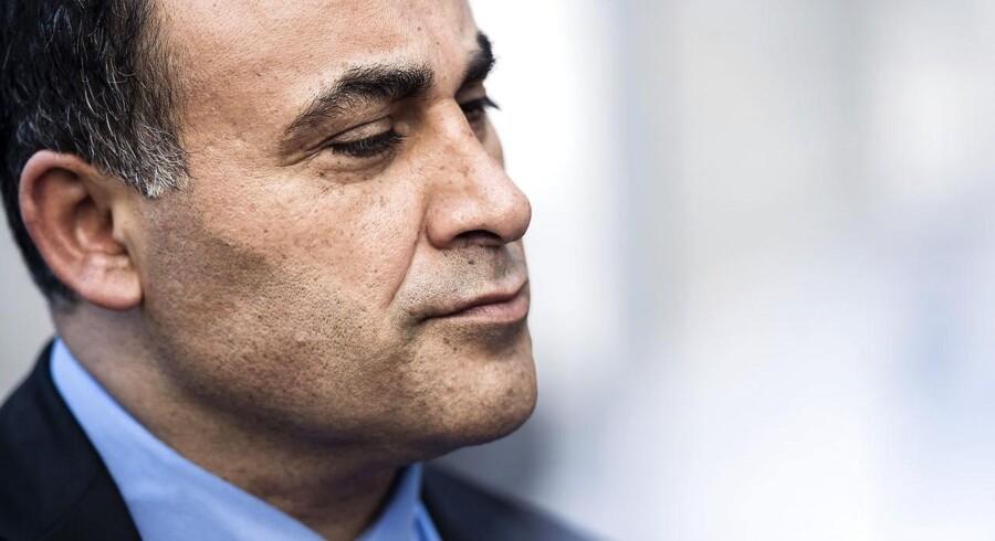 Det er godt at udbetale betjentes overarbejde i finanslov, mener De Konservatives retsordfører, Naser Khader.