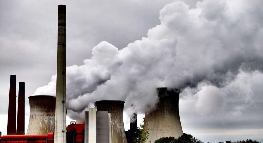 Drivhusgasser sætter ny rekord med rasende fart.