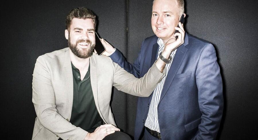 Der var store smil og hektisk aktivitet, da manden bag Onfone og Mofibo, Morten Strunge (til venstre), og Fullrate-medstifter Peter Mægbæk (til højre) i marts 2016 startede deres nye teleselskab, Plenti. Om et par uger er de begge to ude af selskabet, som TDC købte. Arkivfoto: Asger Ladefoged, Scanpix