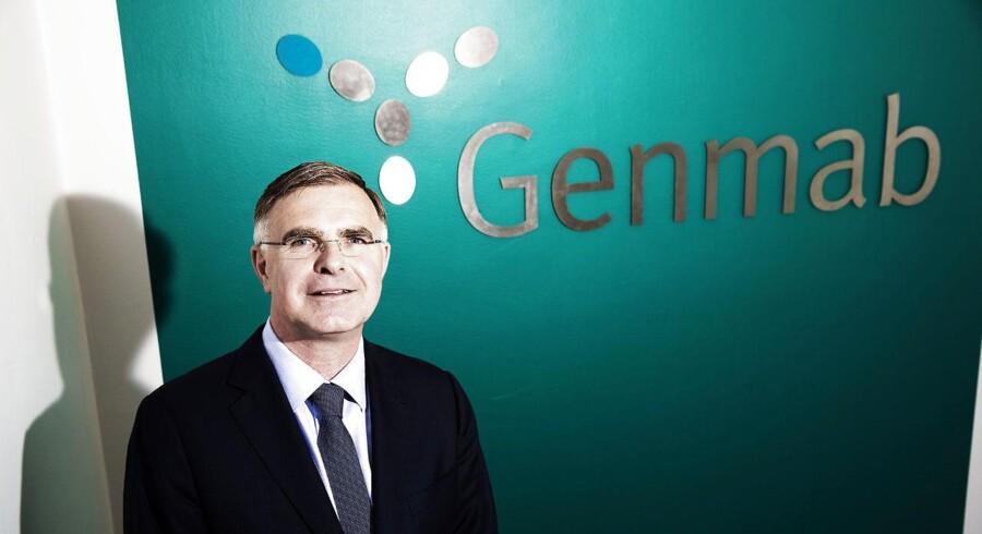 Genmab og topchef Jan van de Winkel får store stryg på børsen mandag.