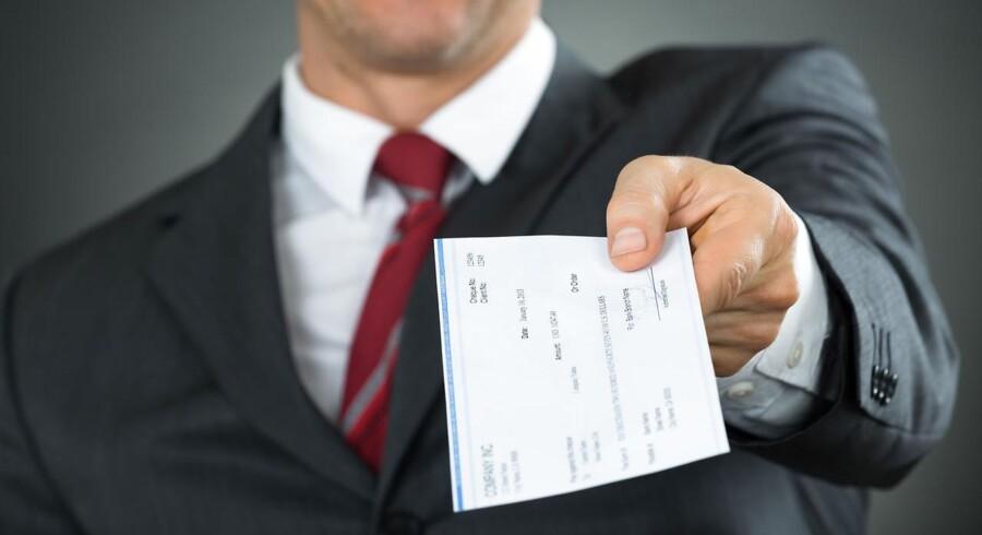 Størstedelen af danskere mener, at cheflønningerne er for høje.