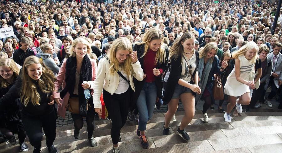 ARKIVFOTO: Ifølge psykolog Florence Noer presser unge i 20erne sig selv og hinanden i en ekstrem grad. Det handler om at være den hurtigste og den bedste, fortæller hun.